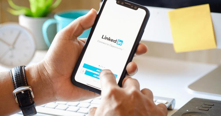 11 LinkedIn Experts Share Their Best Unusual LinkedIn Marketing Hack